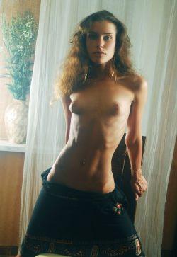 Веселая и обаятельная девушка встретиться с парнем для интимного времяпровождения в Ижевске.